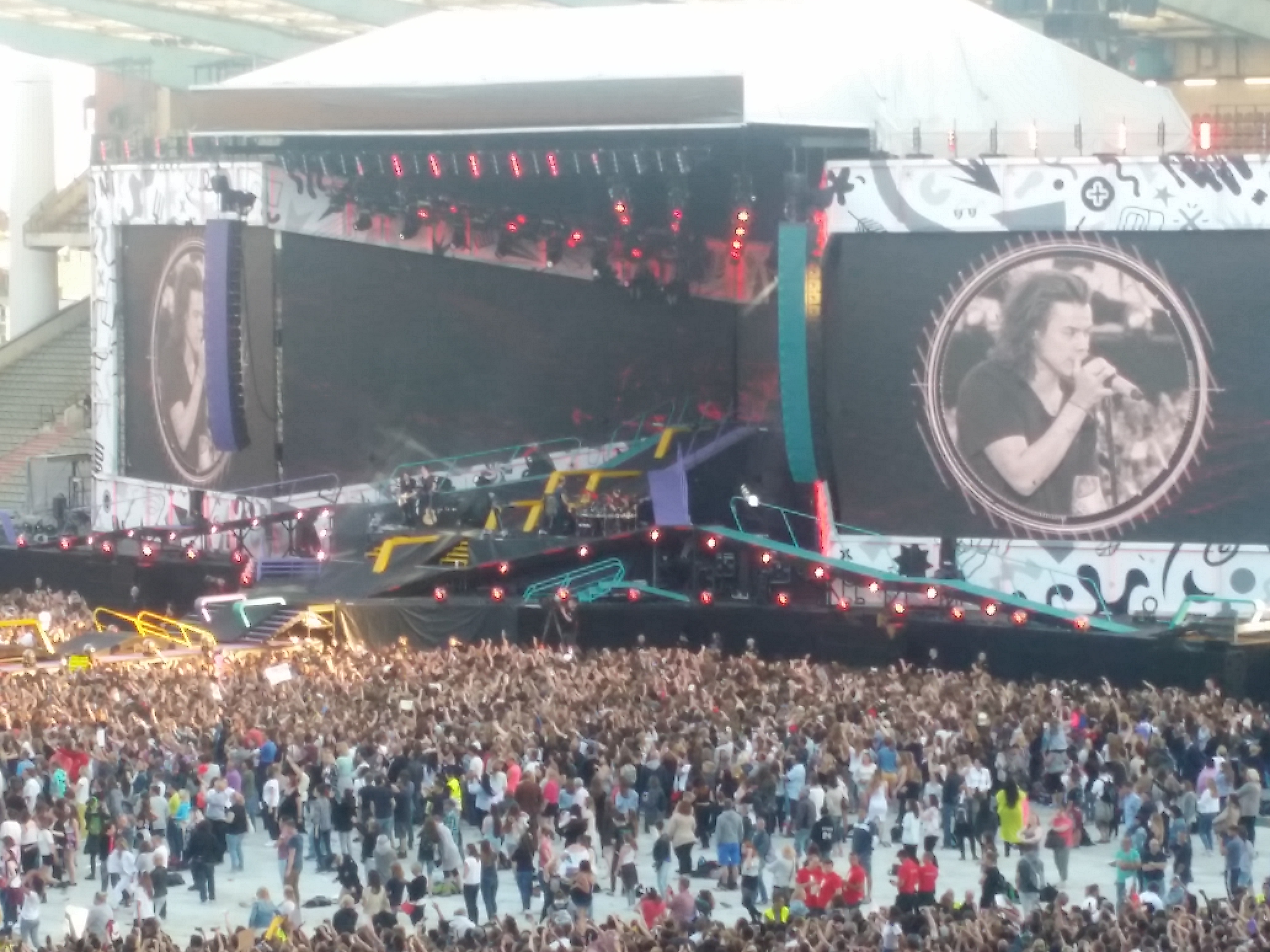 ONE DIRECTION STADE ROI BAUDOUIN